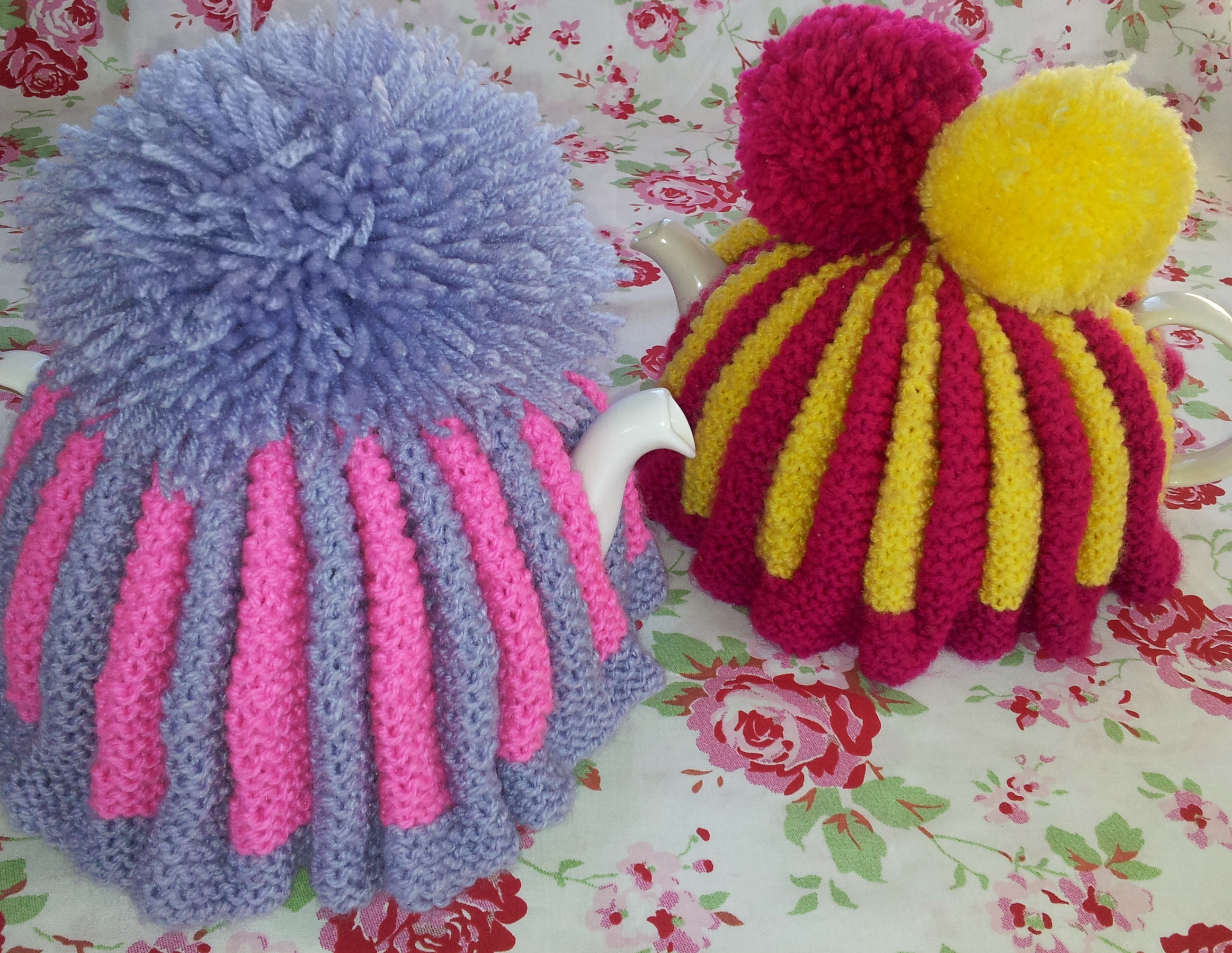 My Vintage Style Knitted Tea Cosy (Cozy) thestitchsharer