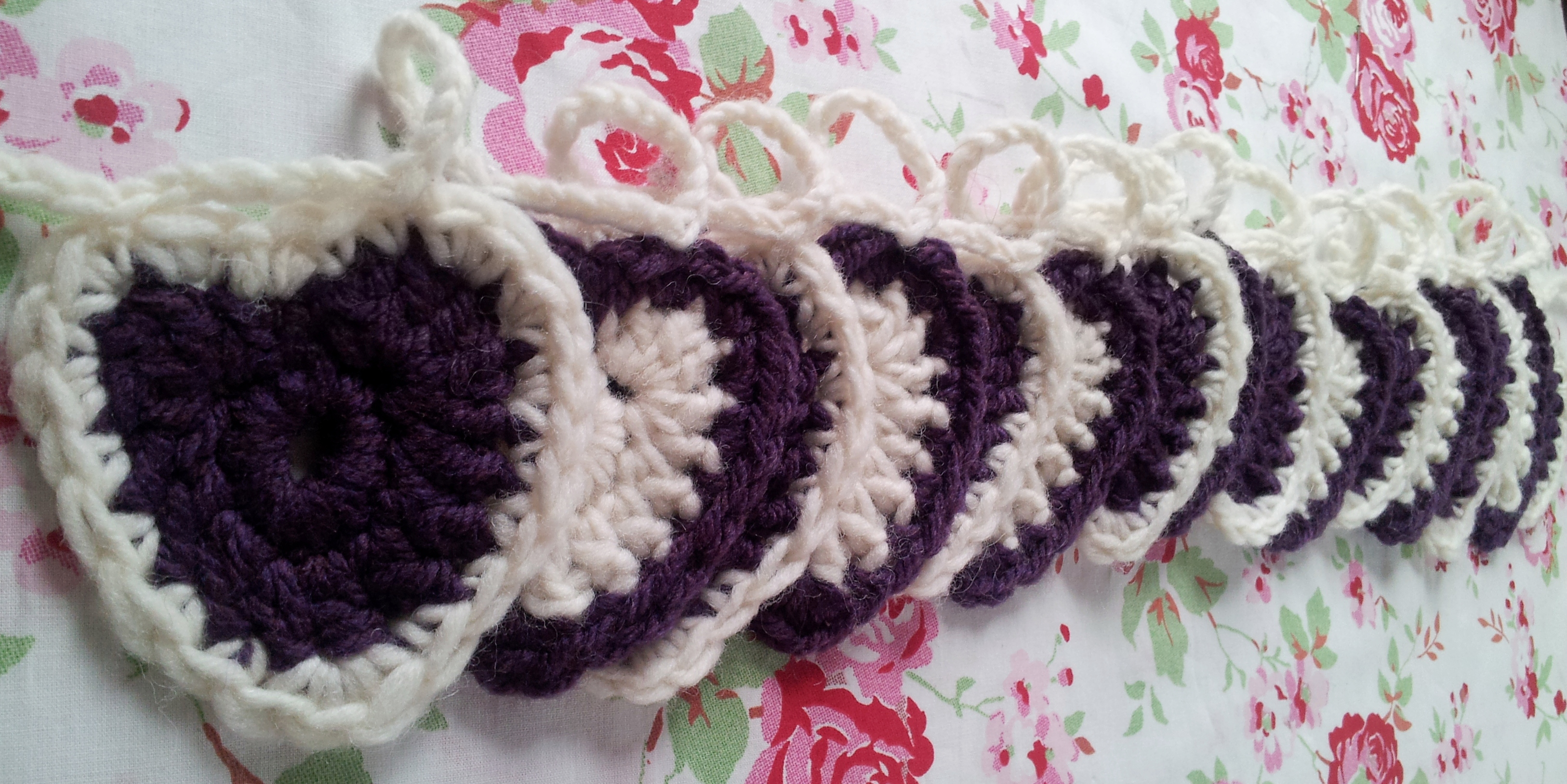Crochet Heart Patterns For Beginners : Beginners Crochet Hearts ? Free Pattern thestitchsharer