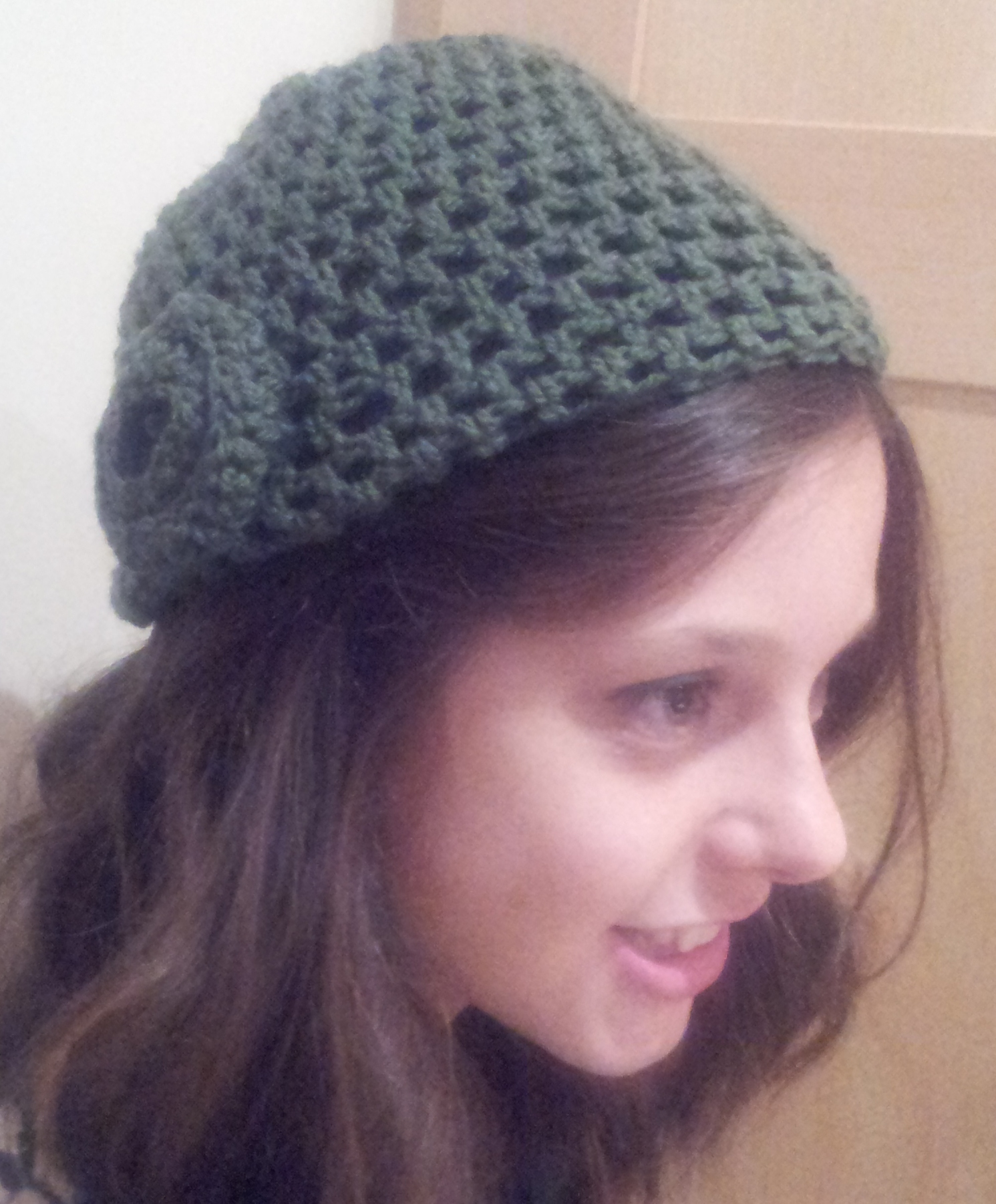 How to make a Simple Crochet Hat - Free Pattern thestitchsharer