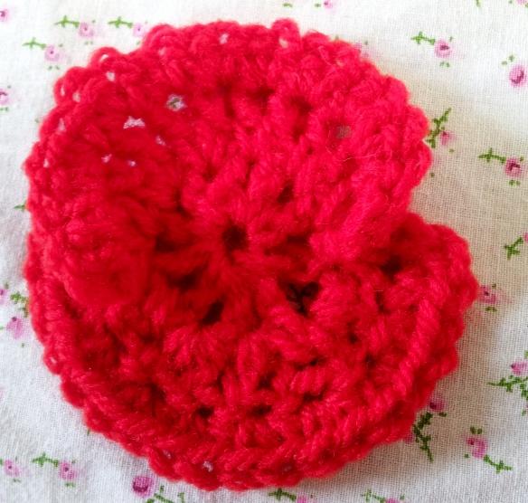 Remembrance Poppy ? Free Crochet Pattern thestitchsharer