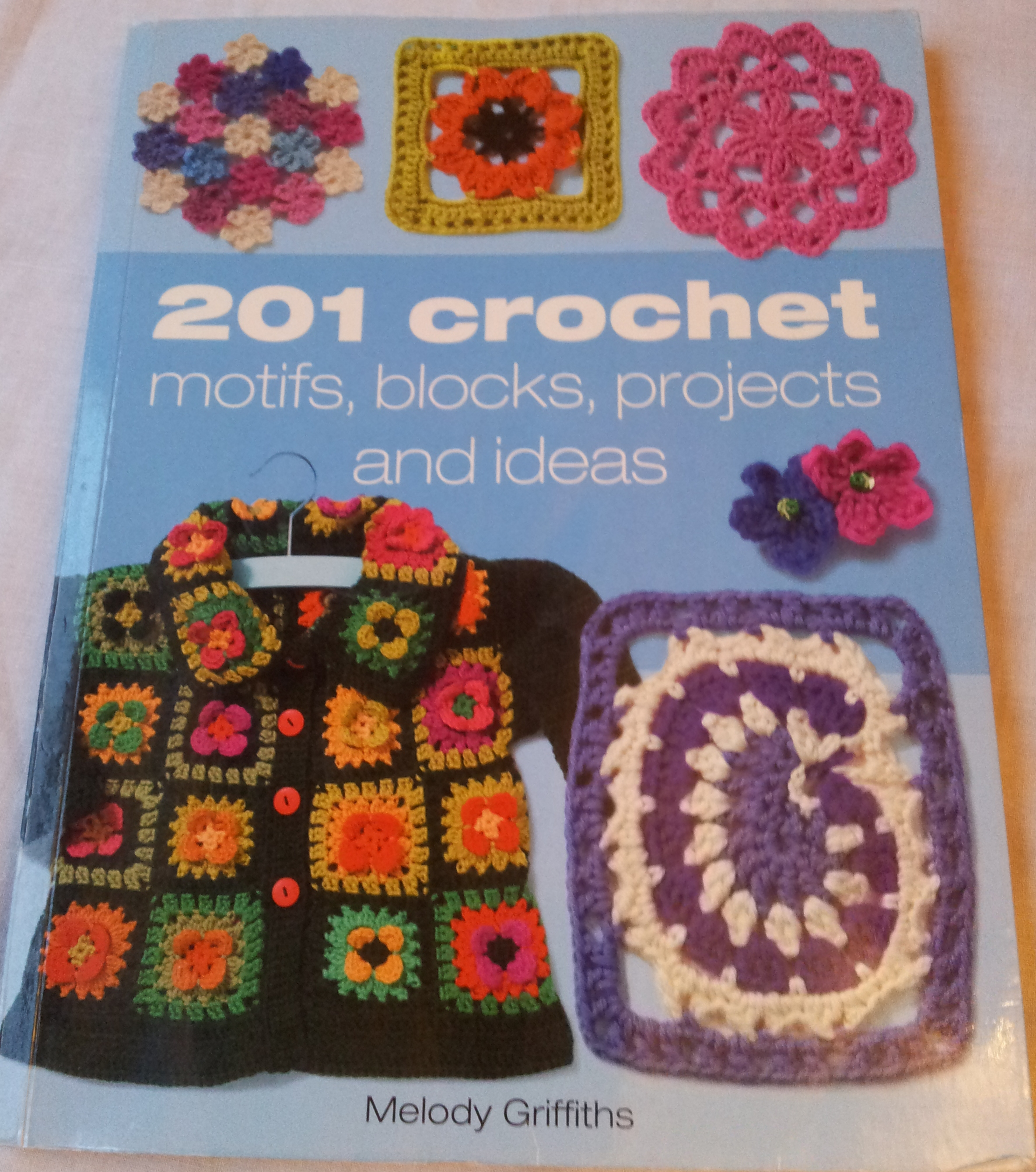 Free Crochet Patterns For Christmas Motifs : 201 crochet motifs blocks projects and ideas by Melody ...