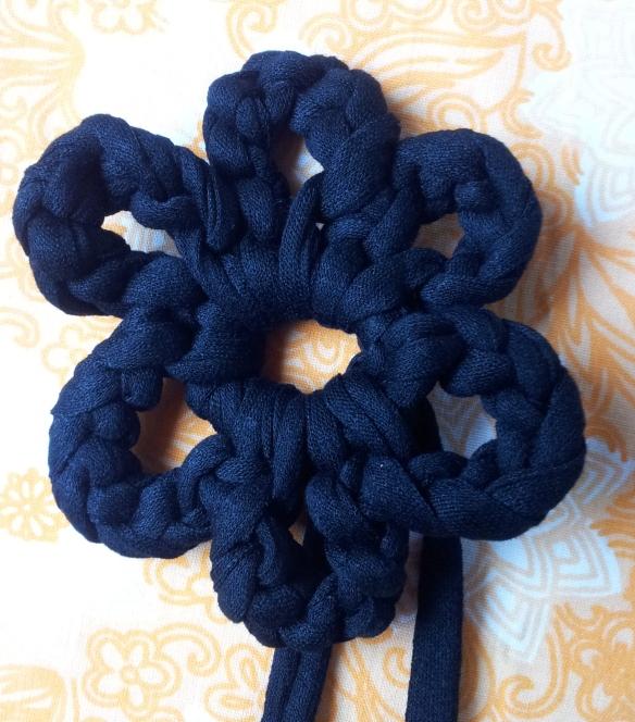 Crochet flower (2)