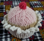 finished knitted cupcake