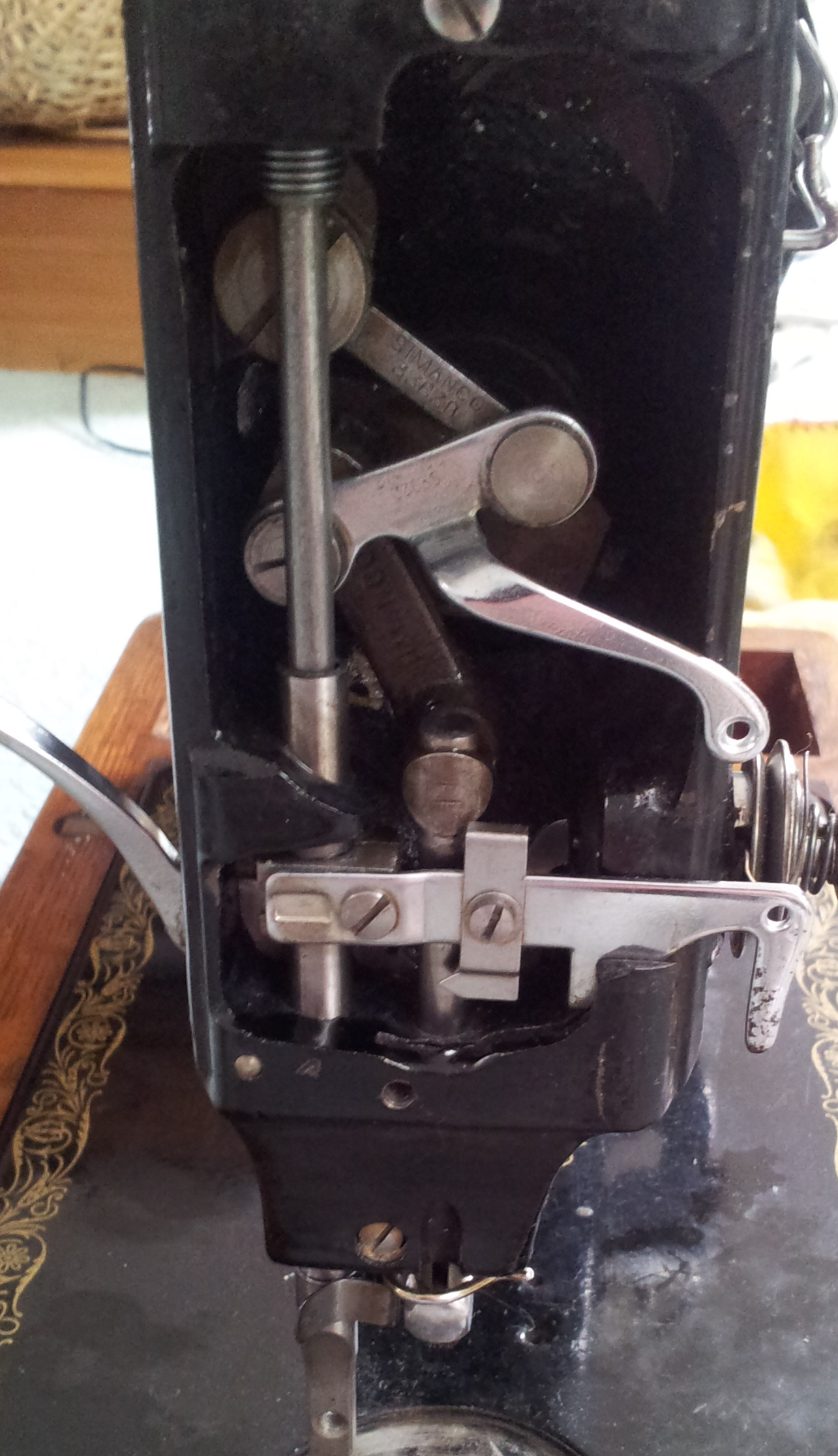 Cleaning My Singer Sewing Machine Thestitchsharer 99 K Threading Diagram Behind Face Plate