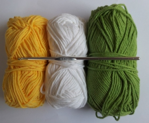 Cotton Yarn Aran weight 4 mm hook