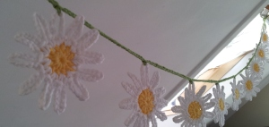 Daisy Crochet Bunting