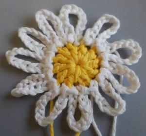 Large Daisy Uk Treble (2)