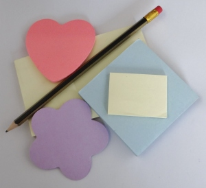Post it and pencils for marking crochet patterns