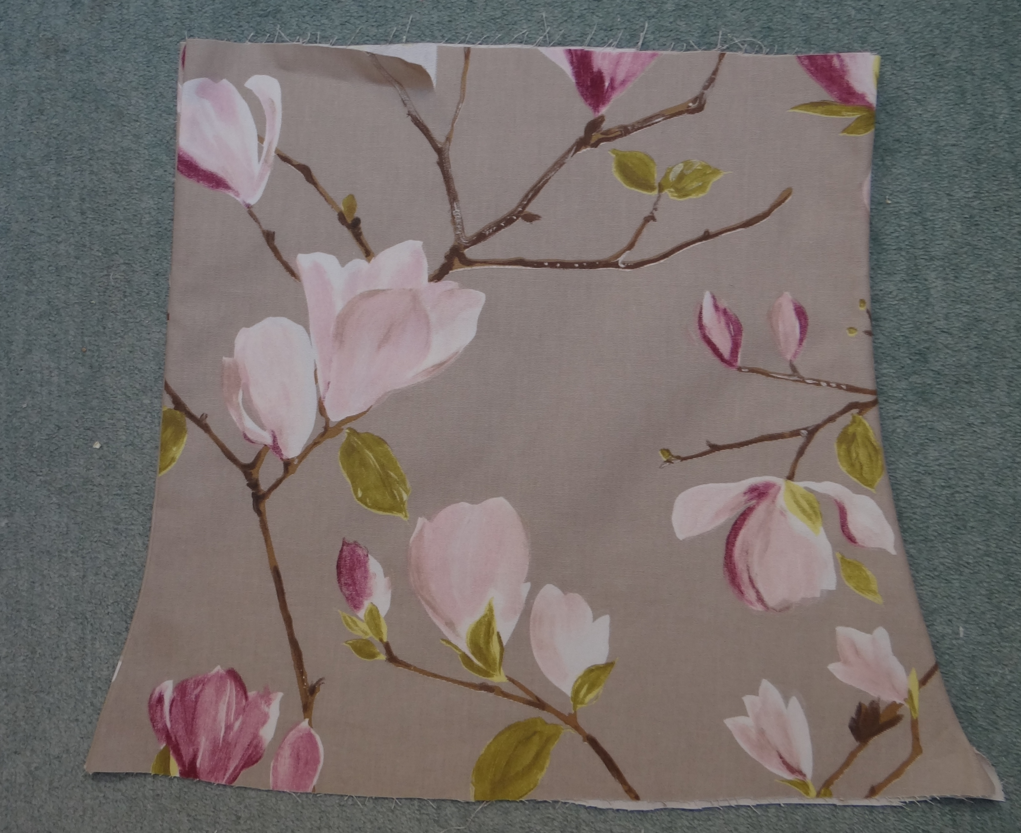 How To Recover A Lined Fabric Lampshade Thestitchsharer