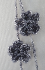 Crochet flower of necklace