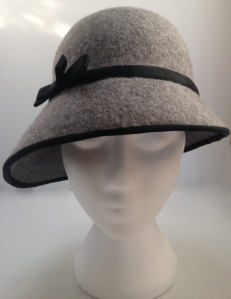 A Step by Step to Making a Felt Cloche Hat